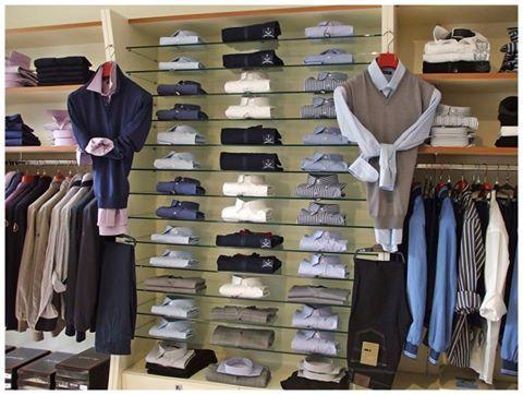 La nuova collezione ti aspetta in negozio. #amerigovespucci #modena #abbigliamento