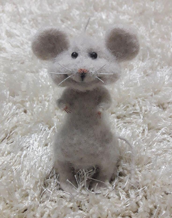 мышка Белла