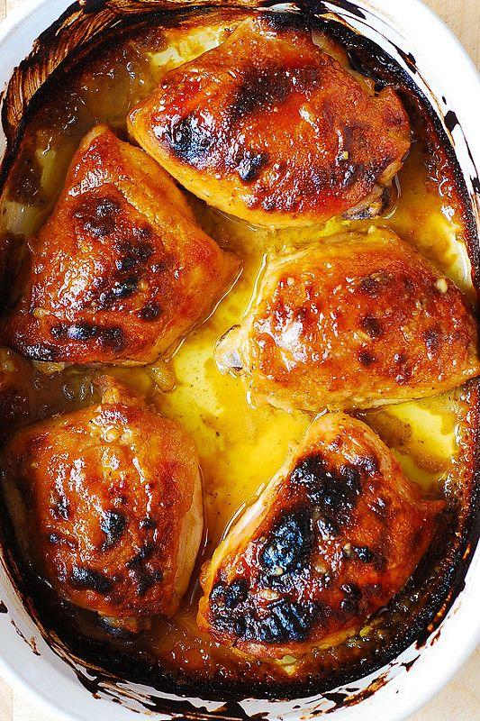Mejores horneados Maple-Dijon muslos de pollo