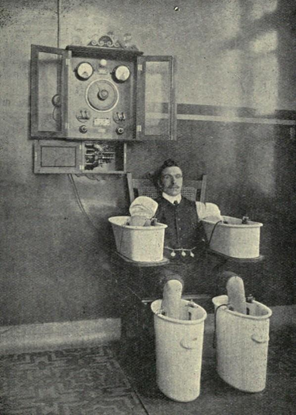 a soothing electrical bath, 1910