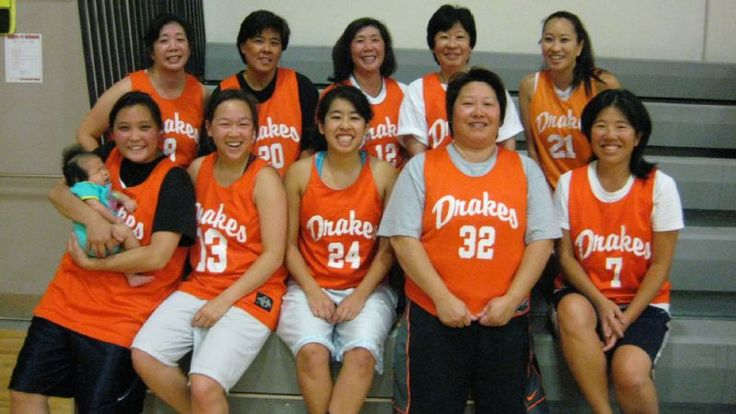 How+Japanese-American+women+are+keeping+up+a+basketball+tradition