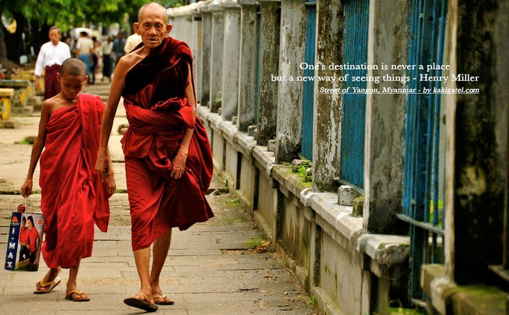 MONKS, YANGON, MYANMAR