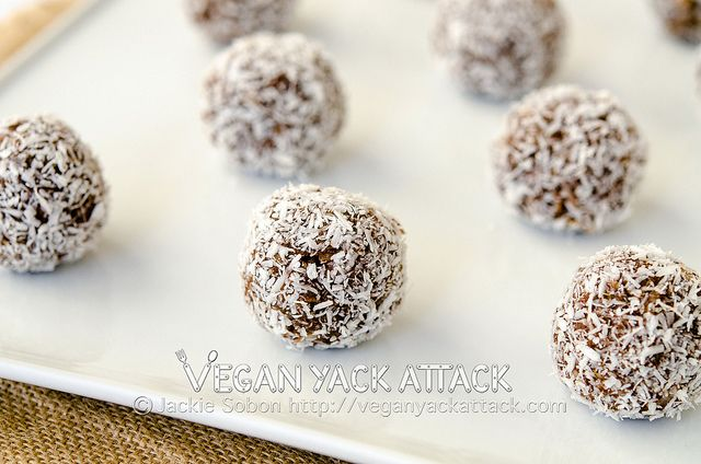Cocoa-Nut Quinoa Bites  3 C. Cooked Quinoa (I steam cooked 1 cup of quinoa with 2.5 cups of water for 20 mins.)  ¼ C. Raw Cacao Powder  ⅓ C. Maple Syrup  3 Tbsp. Creamy Peanut Butter  1 Tbsp. Coconut Oil  ¾ tsp. Ground Cinnamon  ¾ tsp. Vanilla Extract  ¼ C. Unsweetened Shredded Coconut -----adaptable for KTC.