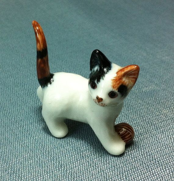 Hey, I found this really awesome Etsy listing at https://www.etsy.com/listing/156890478/miniature-ceramic-cat-kitty-kitten