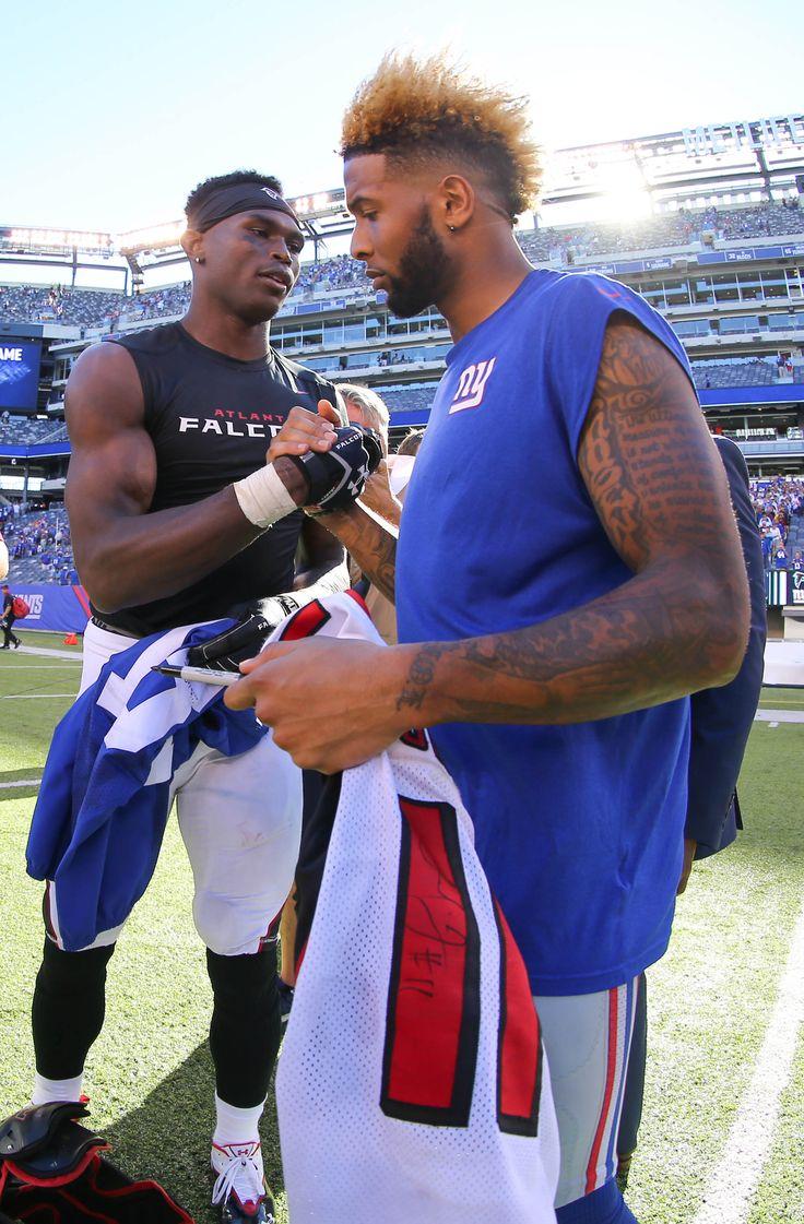 Sep 20, 2015; East Rutherford, NJ, USA; Atlanta Falcons wide receiver Julio…