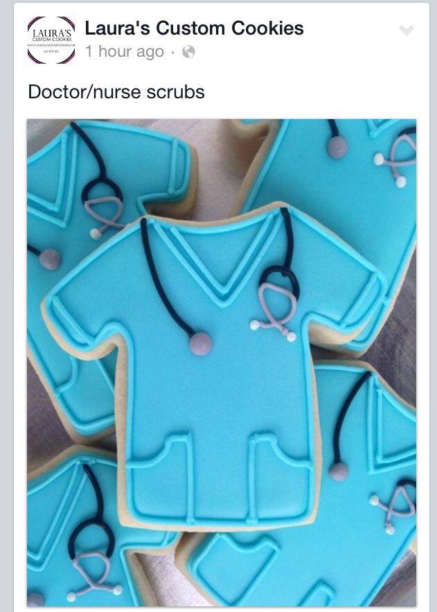 Doctor nurse scrubs sugar cookies Más