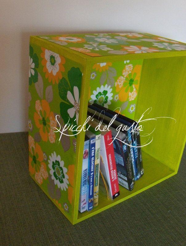Spicchi del gusto: Decoriamo dei cubi libreria