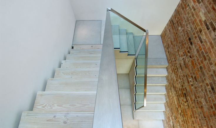 Best Stairs Saw Tooth Tintab Contemporary Bespoke 400 x 300