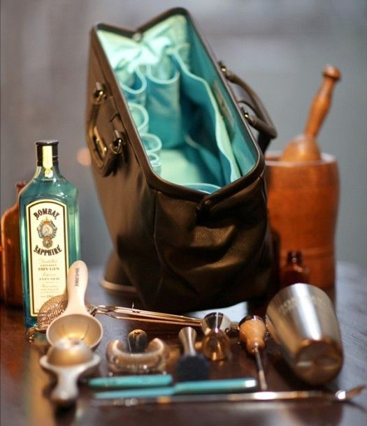 For the ultimate mixologist: Bombay Sapphire Bar Bag mirrors antique medical kit