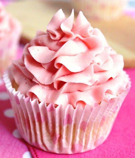 Pink Lemon Cupcakes by Anna in Cupcakeland