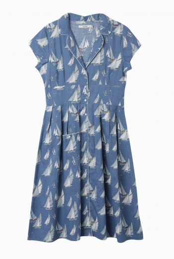 Perfect for strolling around....!!   Lottie Dress | Vintage style tea dress in nautical print