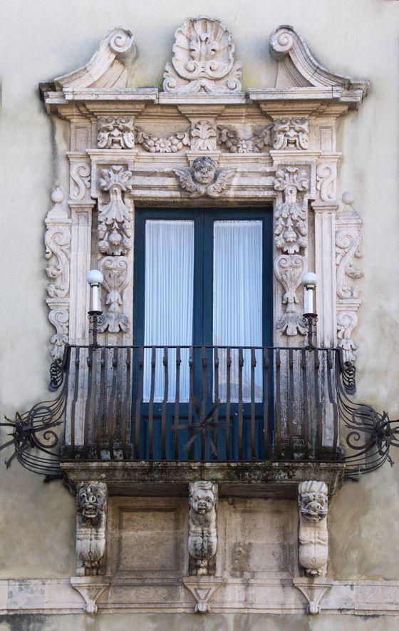 17 migliori idee su finestre antiche su pinterest - Finestre d epoca ...