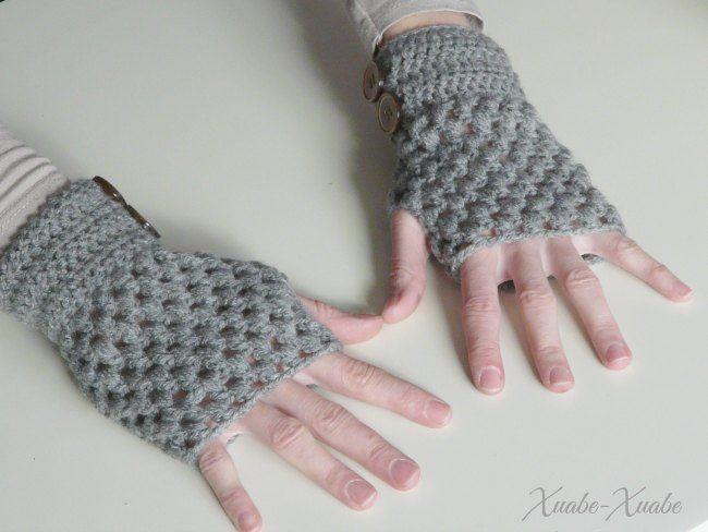 Xuabe-Xuabe: Mitones en Puff Stitch