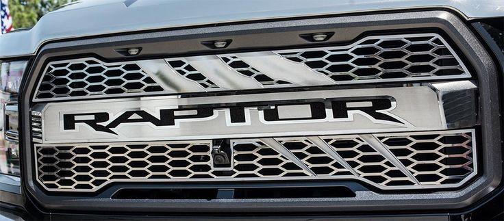 2017 Ford Raptor - Front Raptor Logo Center Grille