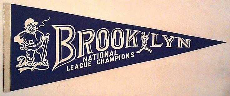 Vintage Baseball Pennants | Sports Memorabilia Museum