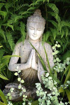 green garden buddha buda boudha - Buscar con Google