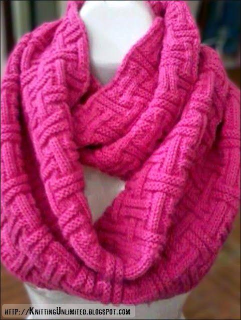 Free Baby Socks Knitting Pattern : 1000+ images about Beautiful Scarf/Shawl knitting patterns on Pinterest Cab...