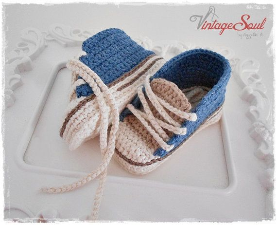 Crochet baby sneakers - Booties - Baby converse - Knit baby shoes