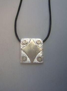 talismanes amuletos y símbolos | colgante kin sello maya estrella Lamat