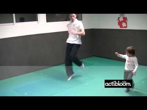 ▶ Enfants de 3 à 5 ans, Motricité, Echauffement - YouTube