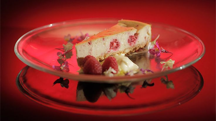 Baked Raspberry Ripple Cheesecake