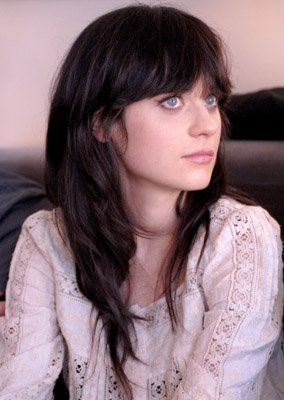 "Zooey Deschanel: annie cresta remember her slightly off character in the film ""the happening""? she could do the vacant humming thing & still be cute enough too make us feel why finnick still loves her :)"