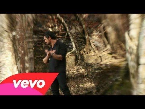 Alejandro Sanz - Mi Marciana I FEEL LIKE A TANGO ...I think Alejandro SANZ ..WROTE this FOR me ....!!!! I LOVE this ....!!!!