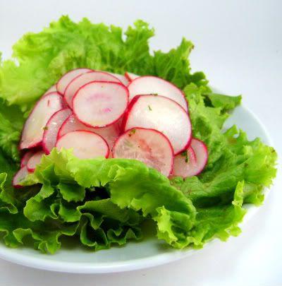 Mediterranean Radish Salad