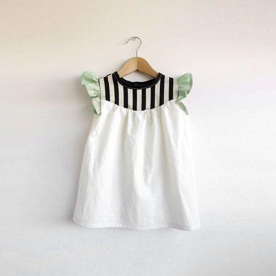 girls' cotton dress with stripe detail por swallowsreturn en Etsy