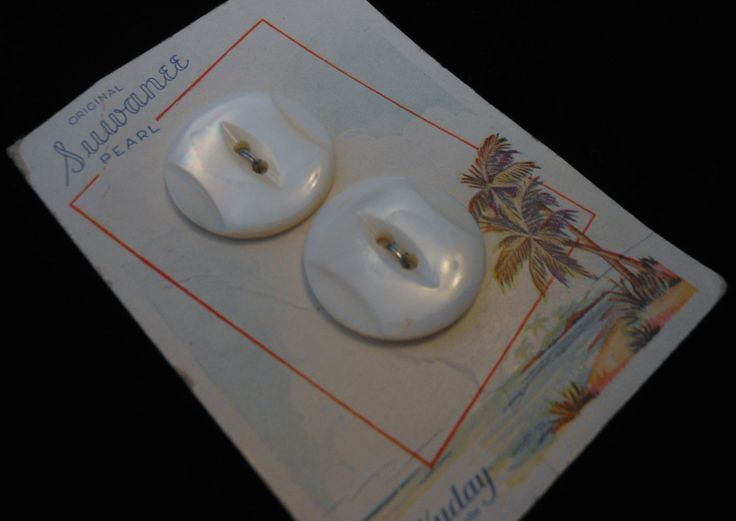 Vintage Original White Carved Suwanee Pearl Buttons From Luckyday on Original Colorful Card by TurquoiseAdobeStudio on Etsy