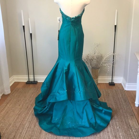 Mac Duggal Dresses & Skirts - Mac Duggal Royalty Mermaid Beaded Gown 48338