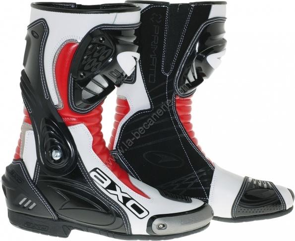 plus de 1000 id es propos de bottes moto sur pinterest bottes bonheur et rouge. Black Bedroom Furniture Sets. Home Design Ideas