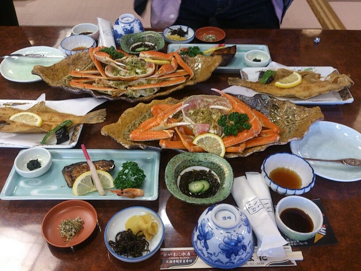 Kaiseki, traditional multi-course Japanese dinner at Ryokan. #Japan #Food