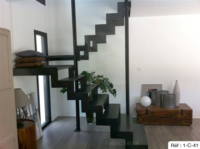 Best 25 escalier 2 quart tournant ideas only on pinterest escalier quart t - Escalier quart tournant bas ...