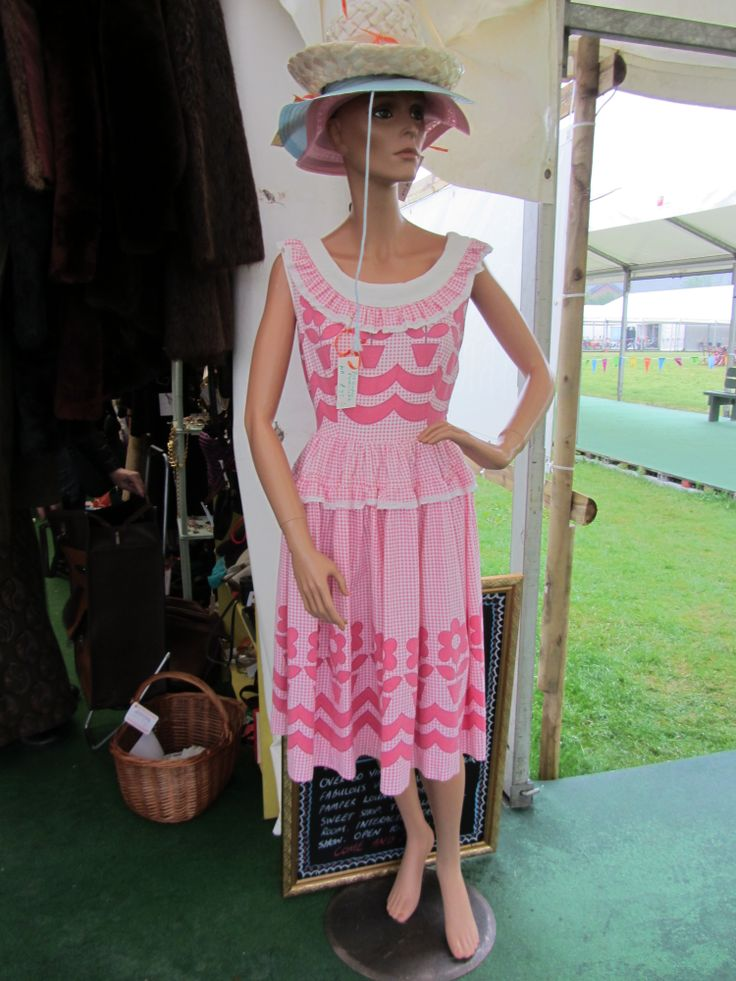 Another one of Felicity's outfits.  Hay Does Vintage, Hay-on-Wye