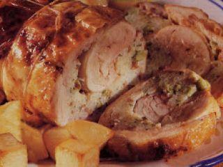 Pollo ripieno di spinaci, provolone e ricotta