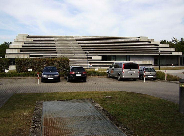ZDF-Nachrichtenstudio - heute (Fernsehsendung) – Wikipedia