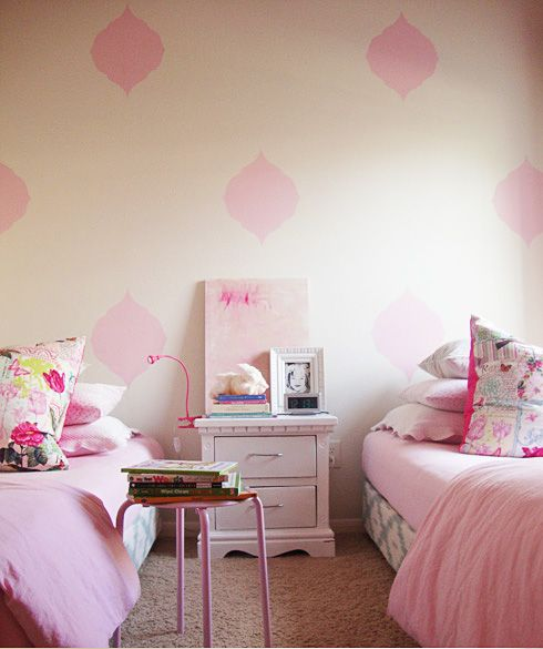 pretty pink bedrooms pink pretty room that stenciled wall s 12935
