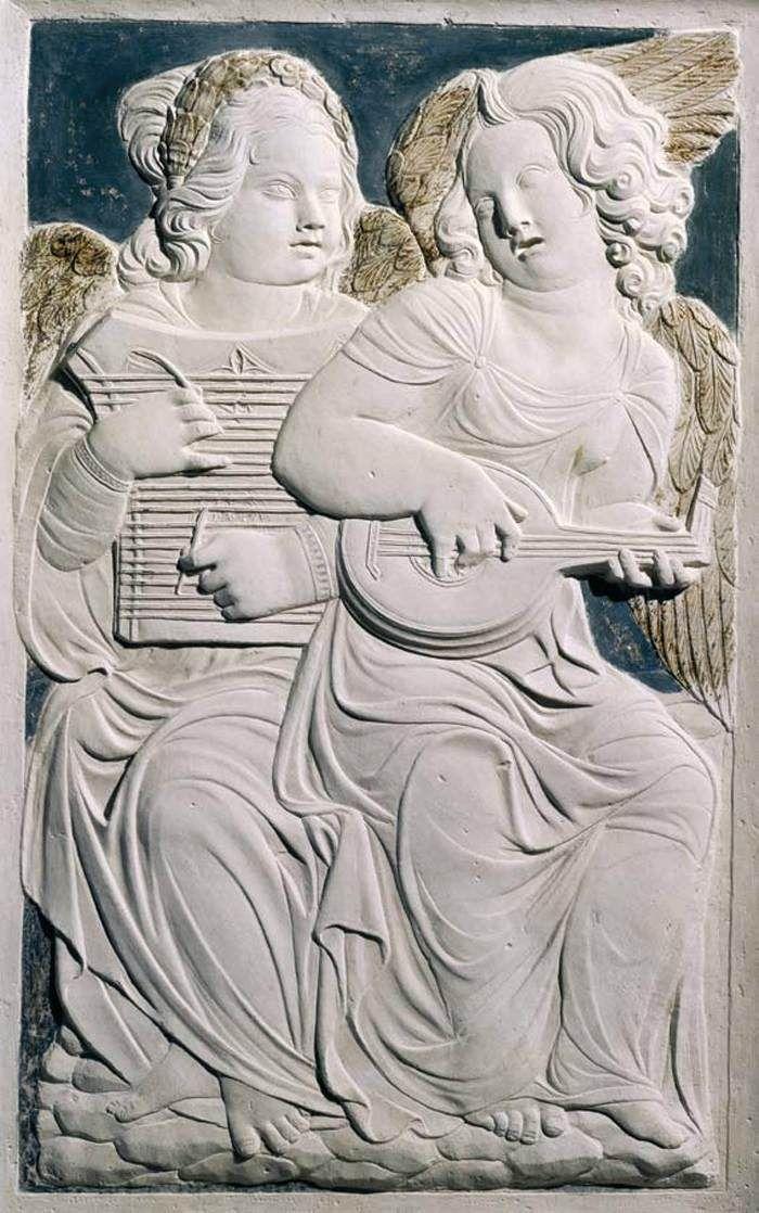 AGOSTINO DI DUCCIO Musician angels 1450-55 Marble Tempio Malatestiano, Rimini