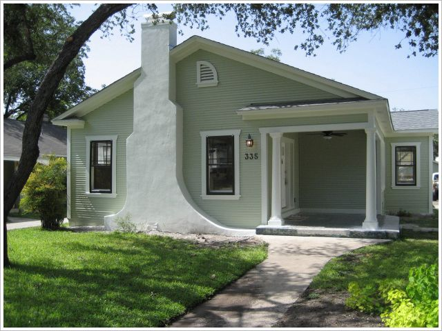 Attractive The Base Color Is Behr Restful In Satin, Trim Is Behr Turtle Dove In Semi. Green  Exterior PaintsExterior Paint SchemesExterior House ... Home Design Ideas