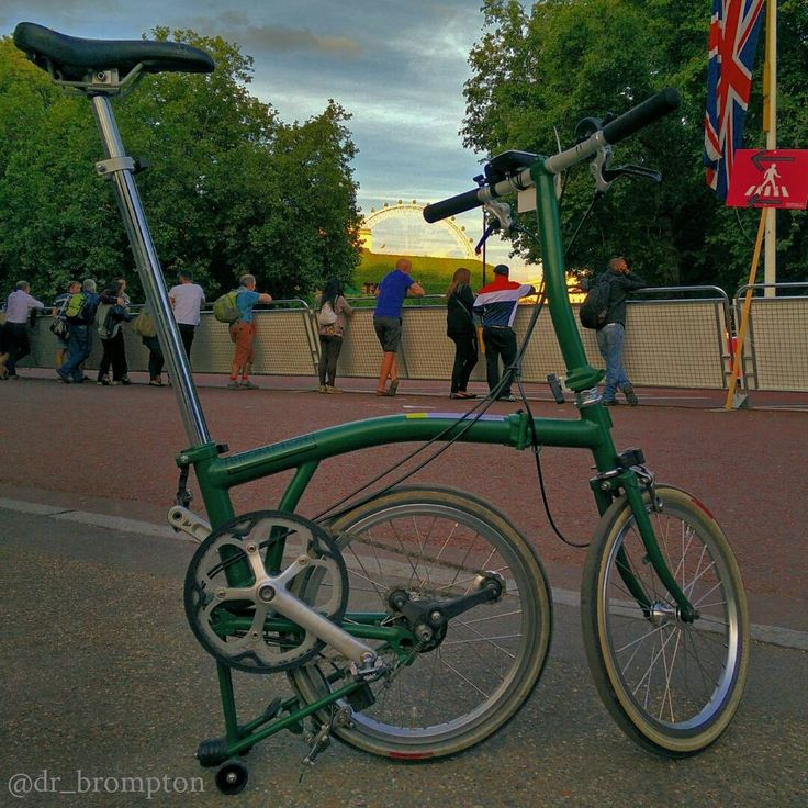 @dr_brompton | Instagram Beautiful sunset after the 10th Brompton World Championship in London. BWC2015
