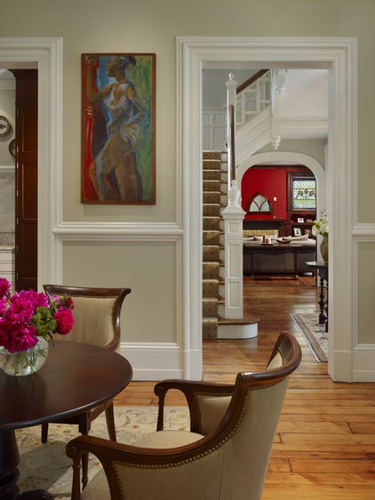 Traditional living room by hanson general contracting inc for Chair rail ideas for living room