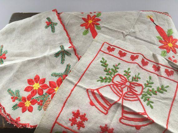 Swedish Vintage Christmas napkins Set of 3 Embroidered Christmas napkins Red white Scandinavian napkins