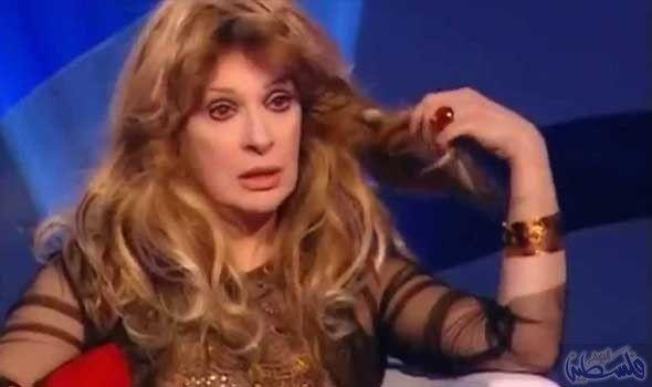 نيللي تفتح قلبها وتروي ذكرياتها مع فوازير رمضان Actresses Egyptian Actress Appearance