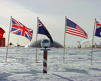 I learn that there is a flag representing Antartica. Is Antartica a country?