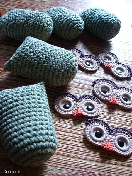crochet owls. Eyes made with plastic rings