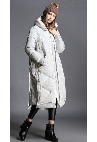 #Geaca #dama lunga, gri, evazata potrivita pentru cele mai friguroase zile de iarna.