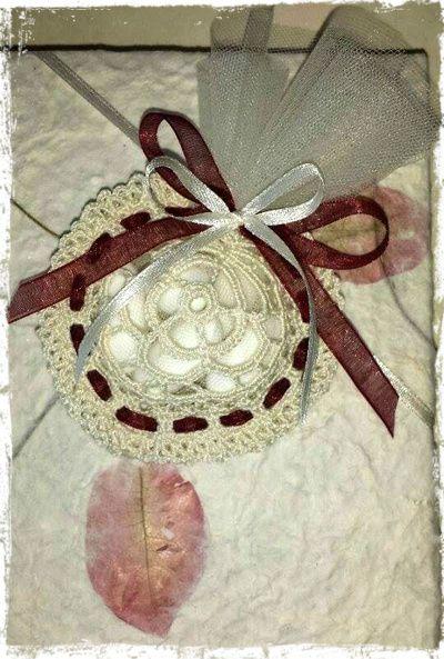 Everlasting cotton for unforgettable moments... party favor in Cheope yarn by Adriafil! http://www.adriafil.com/uk/scheda-filato.html?id_cat=10&id_gr=2&id_filato=EO  #party #celebrate #crochet #cotton #egyptian #bomboniera #bonbonnière #cotone #festa #uncinetto