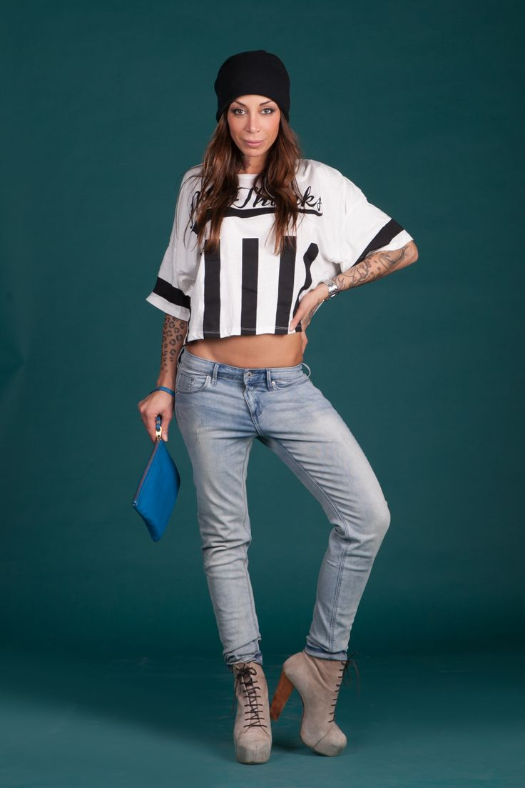 new post on my blog http://www.rosastyle.com/2014/04/un-look-sportivo-e-grintoso.html