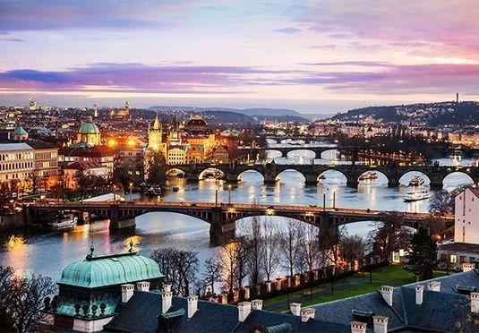 Lækkert spahotel med panoramaudsigt over pulserende Prag, inklusive fly og morgenmad – afrejse mellem juli og december 2017